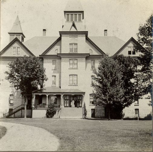 Mount Elgin Institute circa 1909